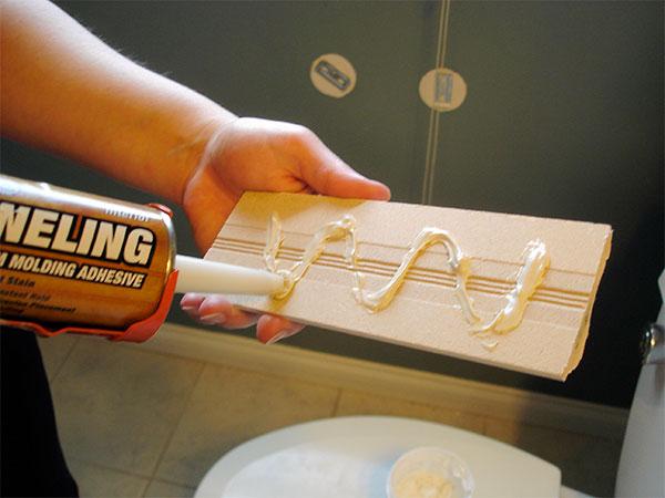 Как правильно и качественно клеить пластиковые панели в ванной комнате?